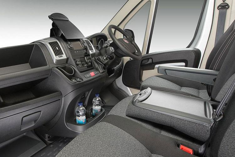 Fiat Ducato e-Ducato35MWB Passenger M1 E 79kWh 90KW FWD 122PS  Combi High Roof Auto [22kW Charger] inside view