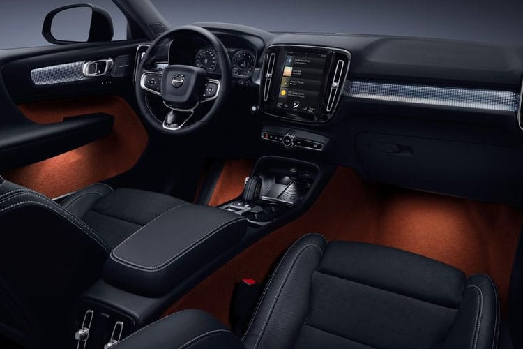 Volvo XC40 SUV AWD 2.0 B5 MHEV 250PS R DESIGN 5Dr Auto [Start Stop] inside view